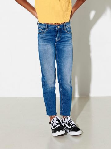 ג'ינס ארוך עם סיומת פרומה / בנות של ONLY