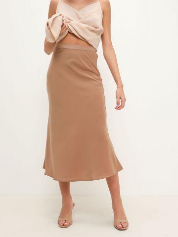 חצאית מידי סאטן של YANGA
