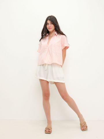 מכנסיים קצרים עם חגורת קשירה של YANGA