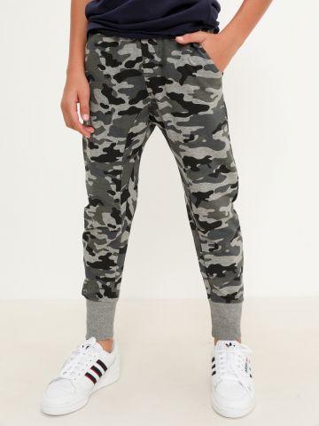 מכנסי טרנינג בהדפס קמפולאז' של FOX