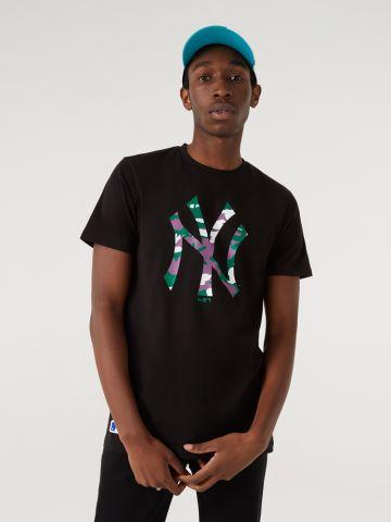 טי שירט עם הדפס לוגו New York Yankees של NEW ERA