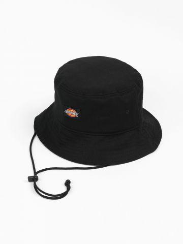 כובע באקט עם פאץ' לוגו של DICKIES