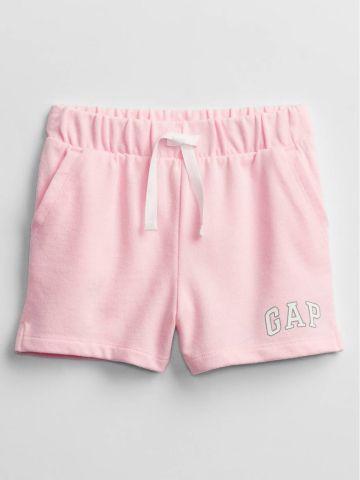 מכנסיים קצרים עם לוגו / 24M-5Y של GAP