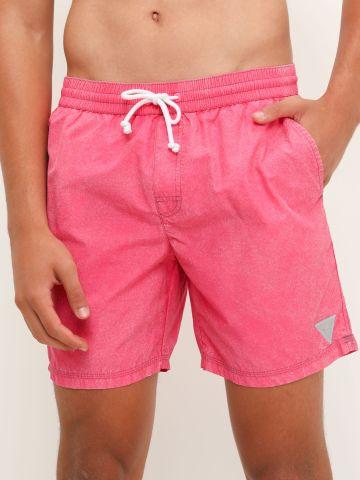 מכנסי בגד ים ווש עם לוגו של GUESS