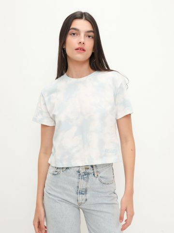 CROP T-SHIRT MARBLE של GUESS
