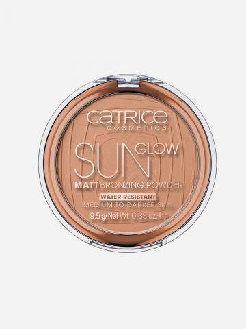 פודרה משזפת Sun Glow Matt של CATRICE