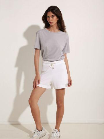 מכנסיים קצרים בטקסטורה עם רקמת מותג של DON'T TELL MAMA