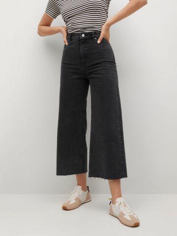 מכנסי ג'ינס מתרחבים בגזרה גבוהה של MANGO