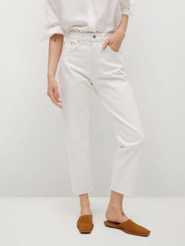 ג'ינס עם סיומת גזורה של MANGO