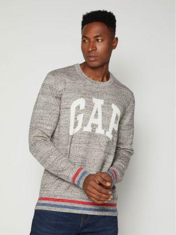 סוודר מלאנז' עם לוגו של GAP