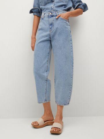 מכנסי ג'ינס בגזרה רחבה של MANGO
