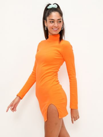 שמלת מיני בשילוב צווארון גולף של QUESTION MARK