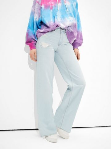 מכנסי ג'ינס בגזרה מתרחבת של AMERICAN EAGLE
