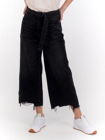 מכנסי ג'ינס מתרחבים בגזרת קרופ Extra Fit של AMERICAN EAGLE
