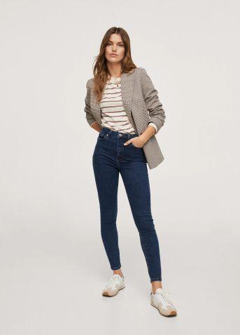 ג'ינס ארוך בגזרת Skinny של MANGO
