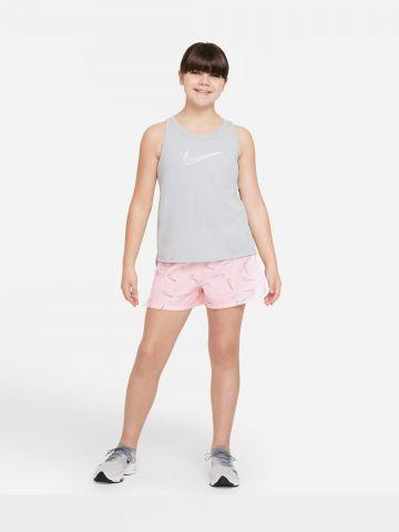 מכנסי ריצה קצרים עם לוגו של NIKE