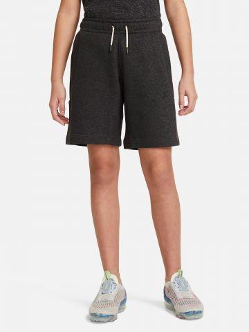 מכנסיים קצרים עם כיסים של NIKE