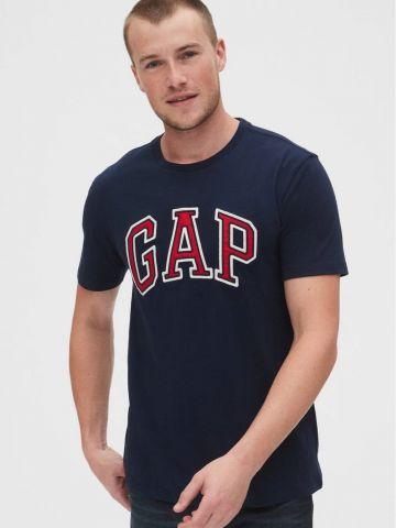טי שירט עם רקמת לוגו של GAP