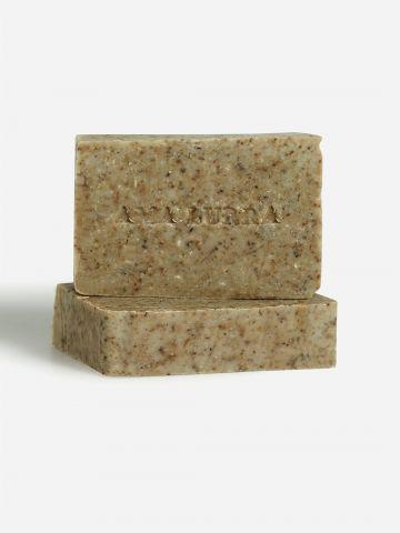 סבון טבעי עם צמחי מרפא לטיפול בפצעים Natural soap with herbs של AMA LURRA