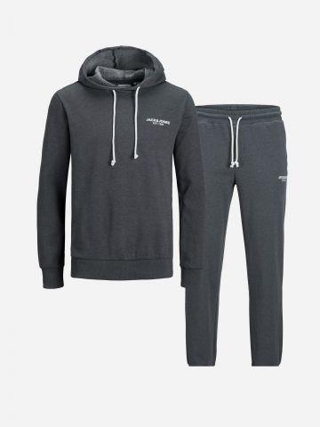 חליפת סווטשירט ומכנסיים / גברים של JACK AND JONES