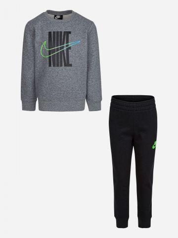 סט סווטשירט ומכנסיים עם הדפס לוגו / בנים של NIKE