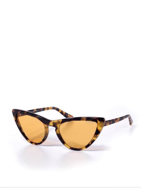 משקפי שמש עיני חתול Gigi Hadidמשקפי שמש עיני חתול Gigi Hadid של vogue eyewear
