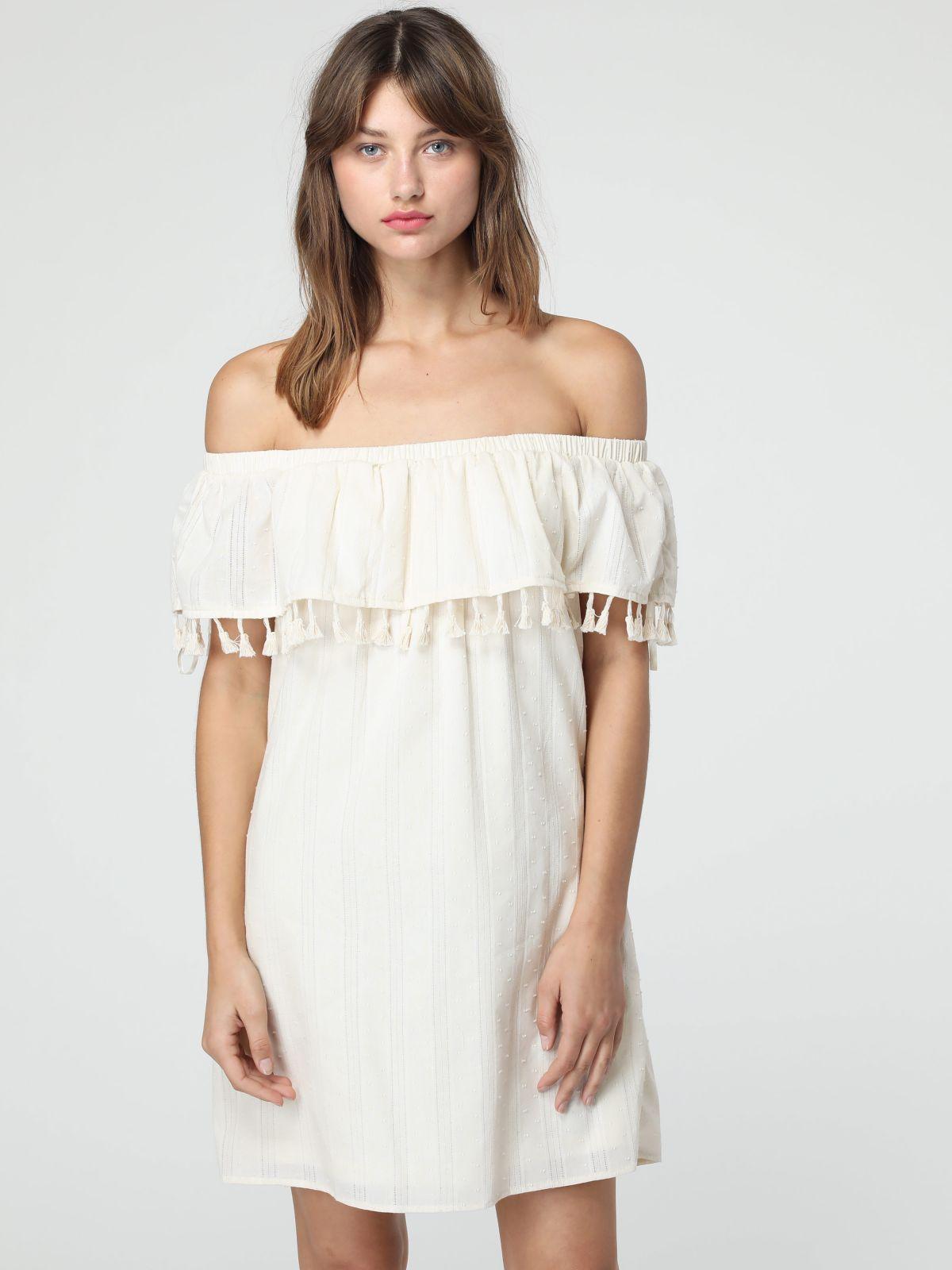 שמלת אוף שולדרס מלמלה בעיטור גדיליםשמלת אוף שולדרס מלמלה בעיטור גדילים של TERMINAL X