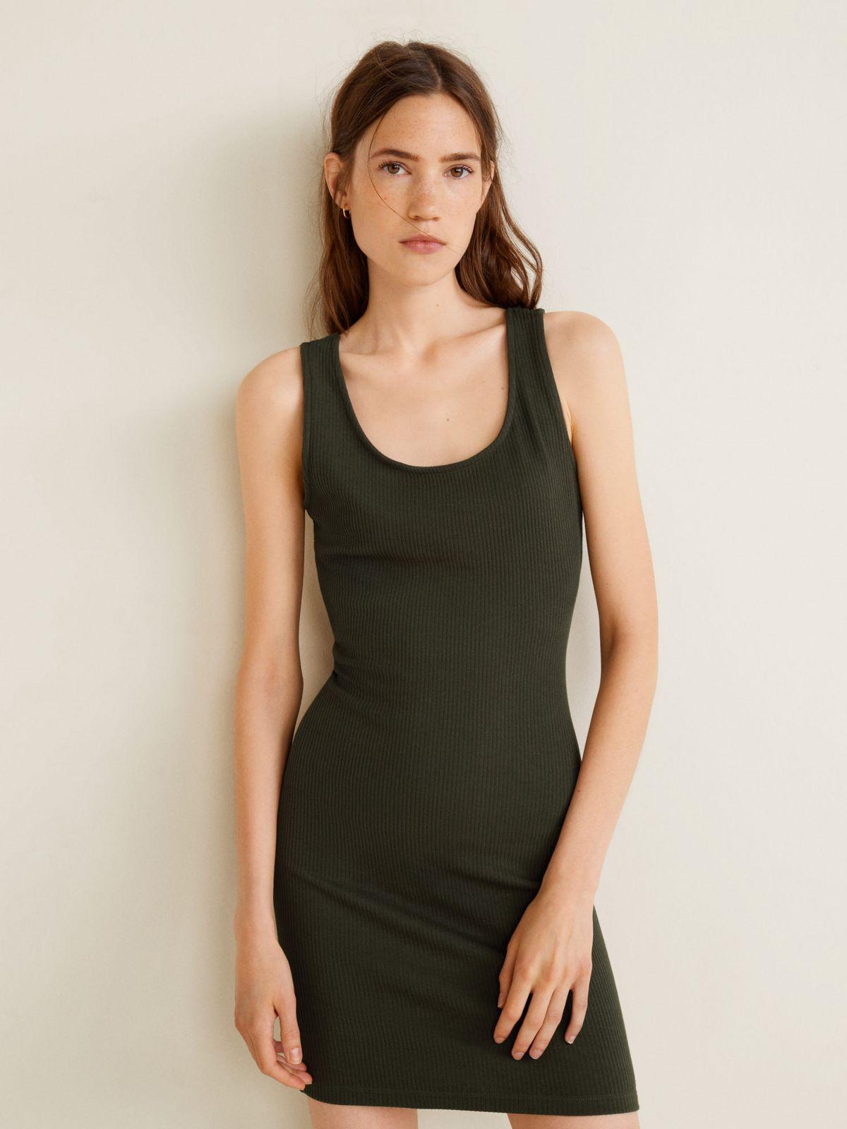 שמלת ריב מיני עם איקס ופתח בגבשמלת ריב מיני עם איקס ופתח בגב של MANGO