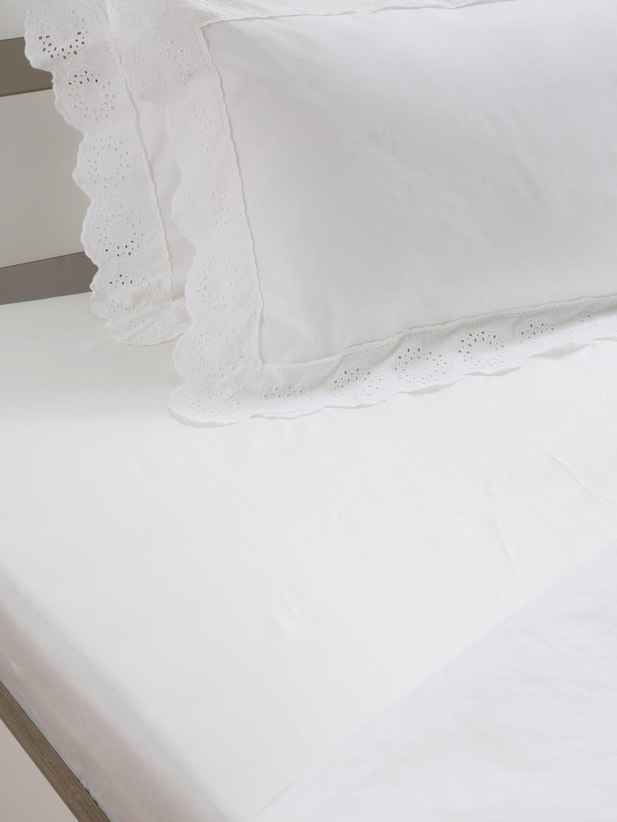 סדין חלק למיטה זוגית / 160X200סדין חלק למיטה זוגית / 160X200 של FOX HOME