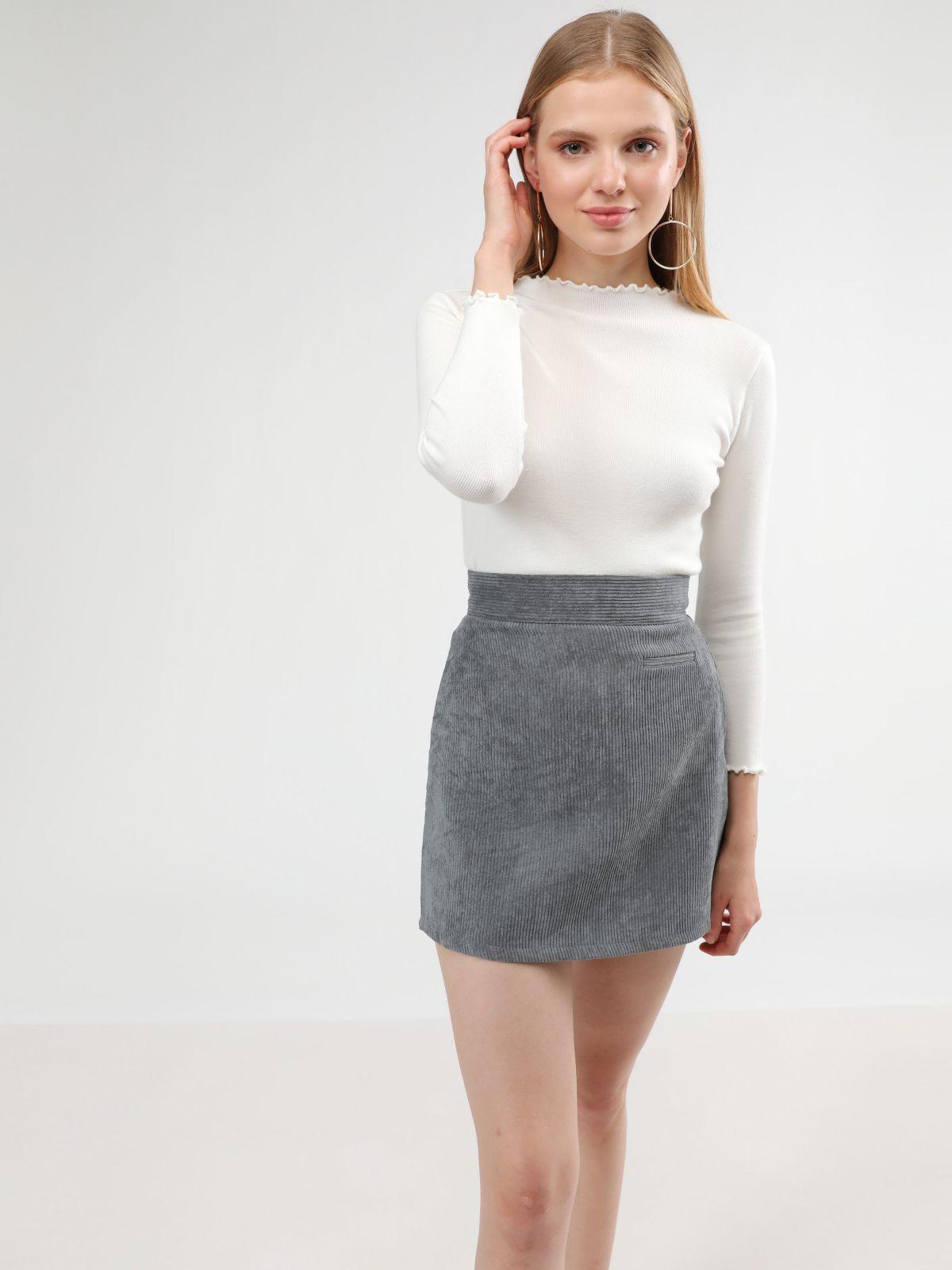 חצאית מיני קורדורויחצאית מיני קורדורוי של TERMINAL X