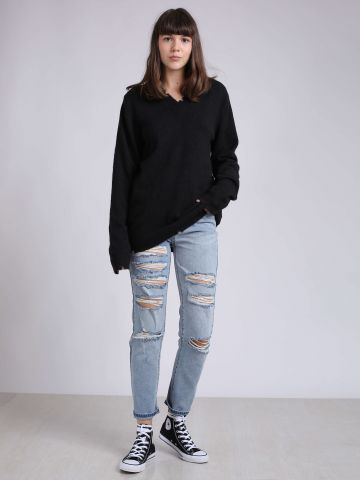 ג'ינס בויפרנד עם קרעים