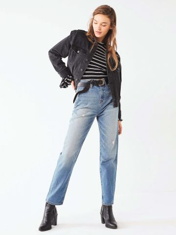 מכנסי ג'ינס בגזרת MOM עם שטיפה BDG