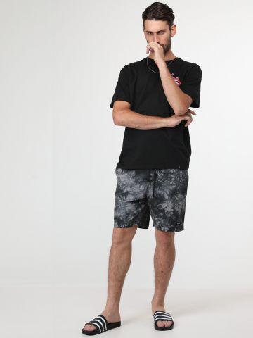 מכנסיים קצרים בסגנון טאי דאי