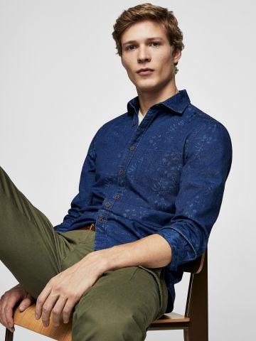 חולצת ג'ינס מכופתרת בהדפס עלים