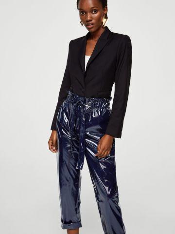 מכנסי וייניל ארוכים עם חגורת קשירה