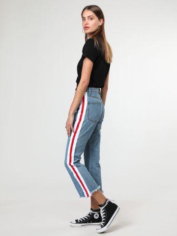 ג'ינס 7/8 מתרחב עם סטריפים בצדדים
