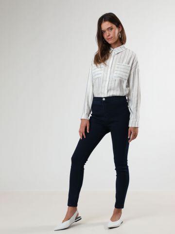 ג'ינס סקיני סטרץ' עם כיסים אחוריים