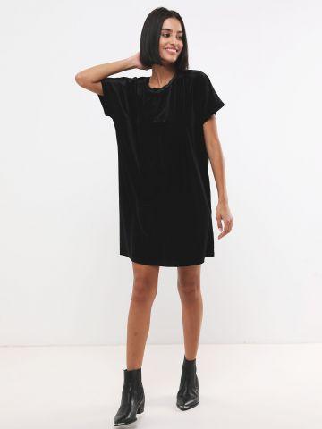 שמלת קטיפה מיני אוברסייז