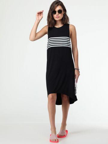 שמלה אסימטרית עם פסים בחזית