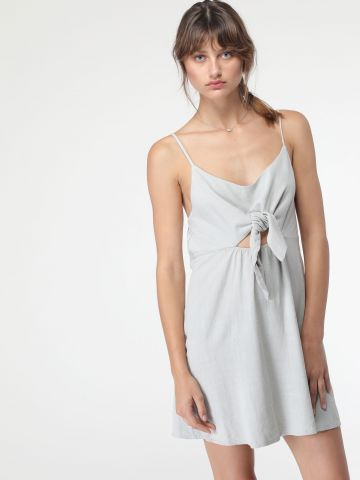 שמלת פשתן מיני עם קשירה קדמית