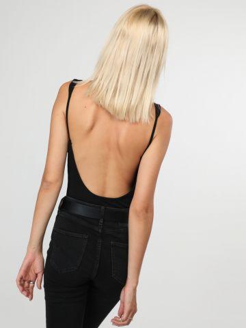 בגד גוף ריב עם גב פתוח