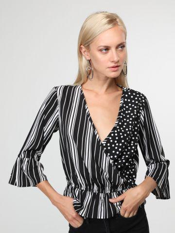 חולצה בסגנון מעטפת בשילוב פרינטים עם סיומת פפלום