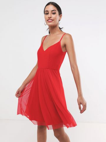 שמלת מיני בשילוב בד טול עם גב פתוח