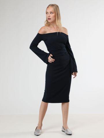 שמלת ריב מידי אוף שולדרס עם שרוולי פעמון