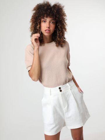 מכנסיים קצרים מחוייטים עם כיסים