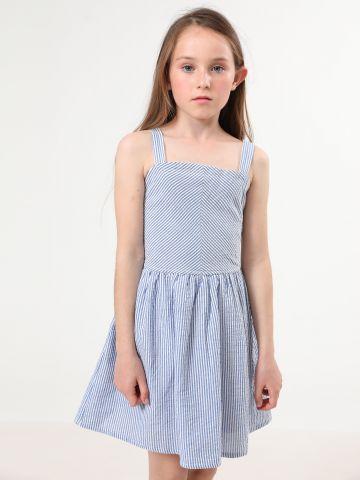 שמלת פסים מתרחבת