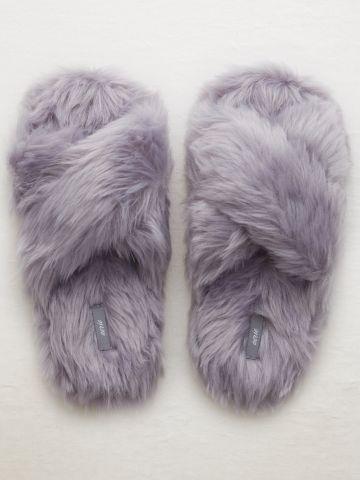 נעלי בית איקס דמוי פרווה / נשים