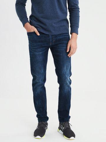 ג'ינס סלים בגזרה ישרה Slim