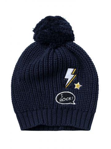 כובע צמר סרוג עם פונפון ופאצ'ים / בייבי
