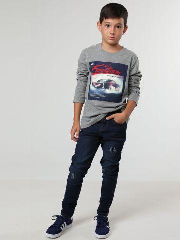 ג'ינס בגזרה ישרה עם קרעים / בנים